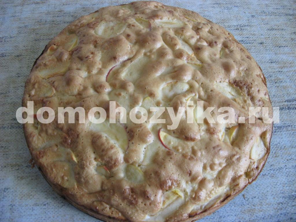 Как сделать шарлотку из яблок рецепт