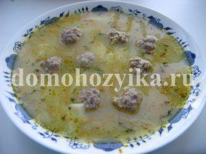 Рисовый суп фрикадельками