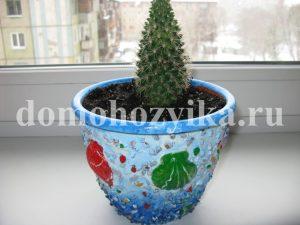 Декор горшков для цветов камушками