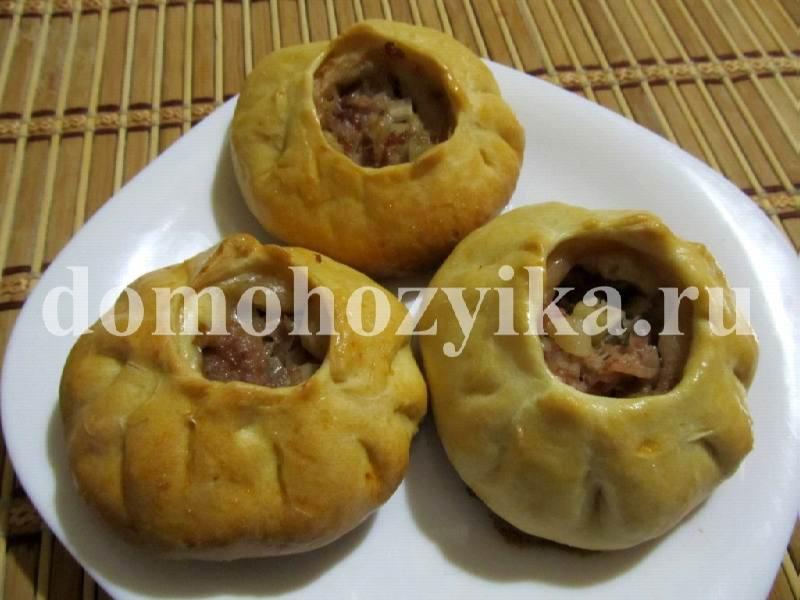 Национальное блюдо татарской кухни-татарские пирожки с мясом и картофелем.  Особенностью этих пирожков является то...