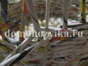 korzina-iz-gazetnyx-trubochek-2_4