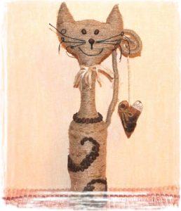 Коты из бутылки и шпагата своими руками 33