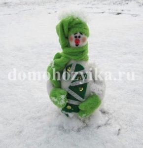 snegovik-svoimi-rukami_16