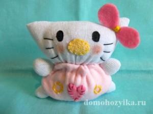 Игрушка из носка «Кошечка Китти»
