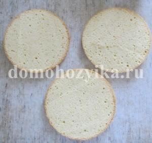biskvitnyj-tort-v-multivarke_12