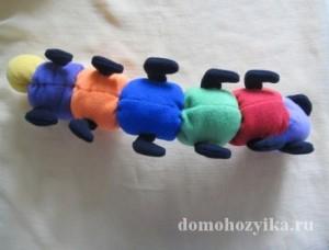 gusenica-svoimi-rukami_44