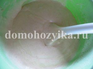 pyshnyj-biskvit-v-multivarke_6