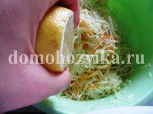 salat-iz-kapusty-s-zelenym-goroshkom_6