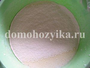 biskvitnyj-tort-s-tvorozhnym-kremom_3