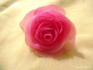 roza-iz-organzy-svoimi-rukami_10