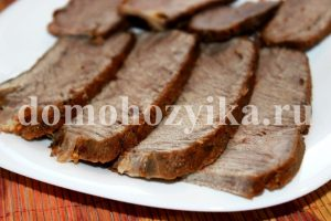 Мясо запеченное в мультиварке