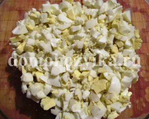 salat-s-kalmarami-i-krasnoj-ikroj_3