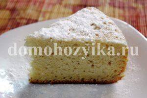 Пирог на сгущенке в мультиварке