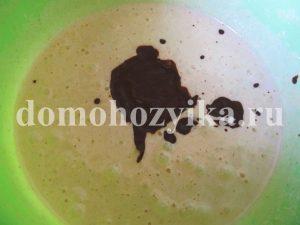 shokoladnyj-pirog-v-multivarke_009