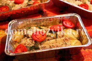 Камбала с картошкой в духовке