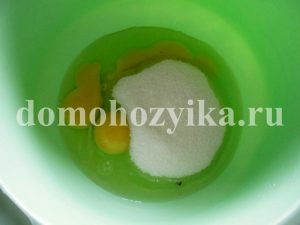 tort-medovik-v-multivarke_1