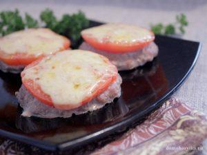 kotlety-v-duxovke-s-pomidorom-i-syrom_8