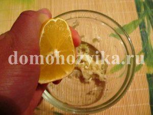 salat-s-vetchinoj-i-suxarikami_6
