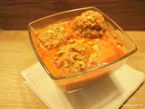 Тефтели в томатно-сметанном соусе