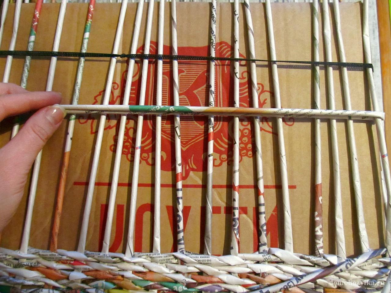 Плетение из газет пошагово в фото