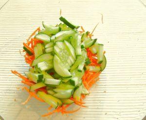salat-iz-morskoj-kapusty-s-ovoshhami_2