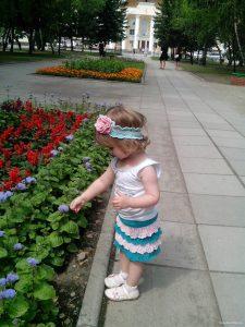 yubka-dlya-devochki-kryuchkom_1