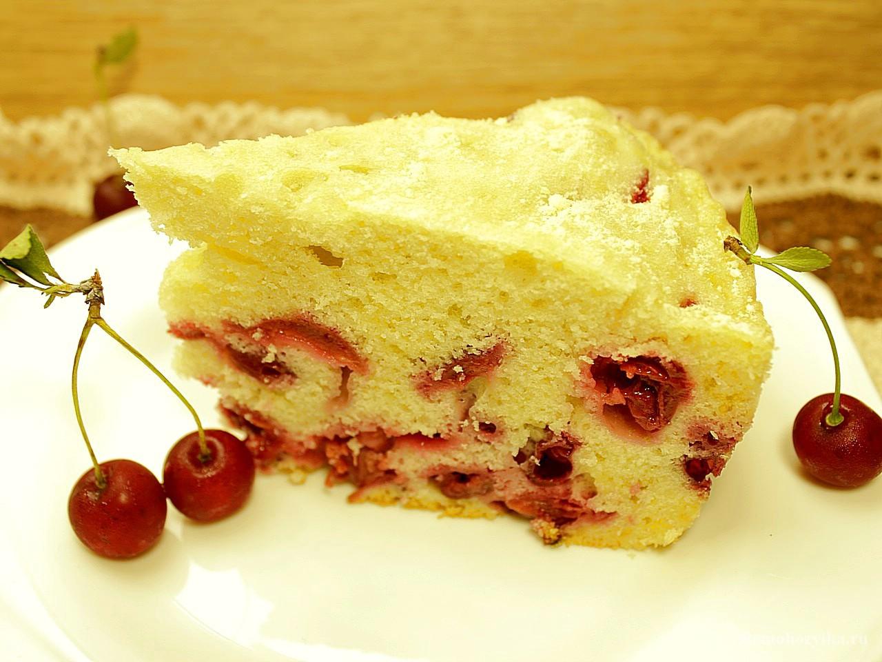 Пышный пирог с вишней рецепт пошагово